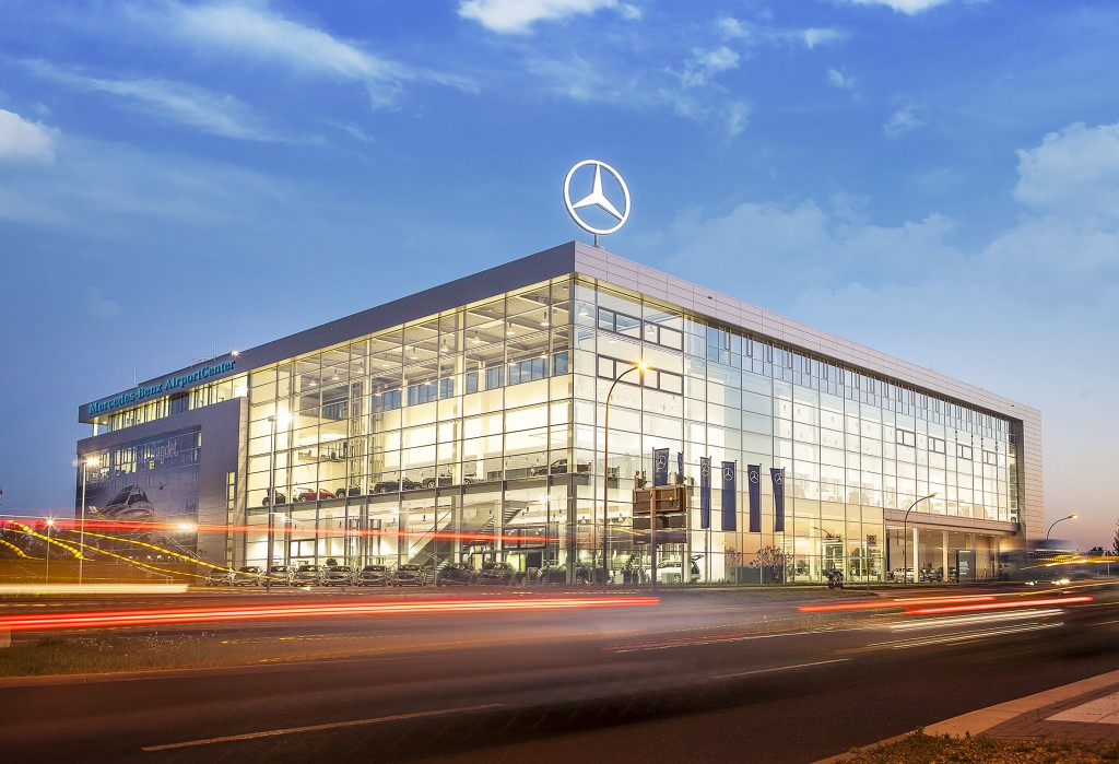 Mercedes-Benz AirportCenter 2