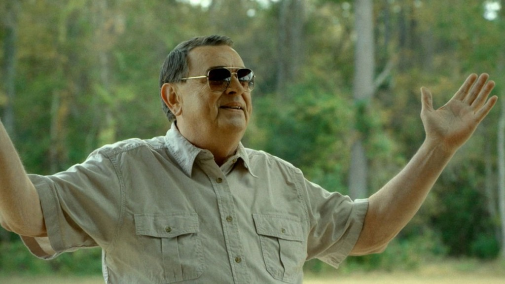 the-sacrament-red-band-trailer-video-1093619-TwoByOne