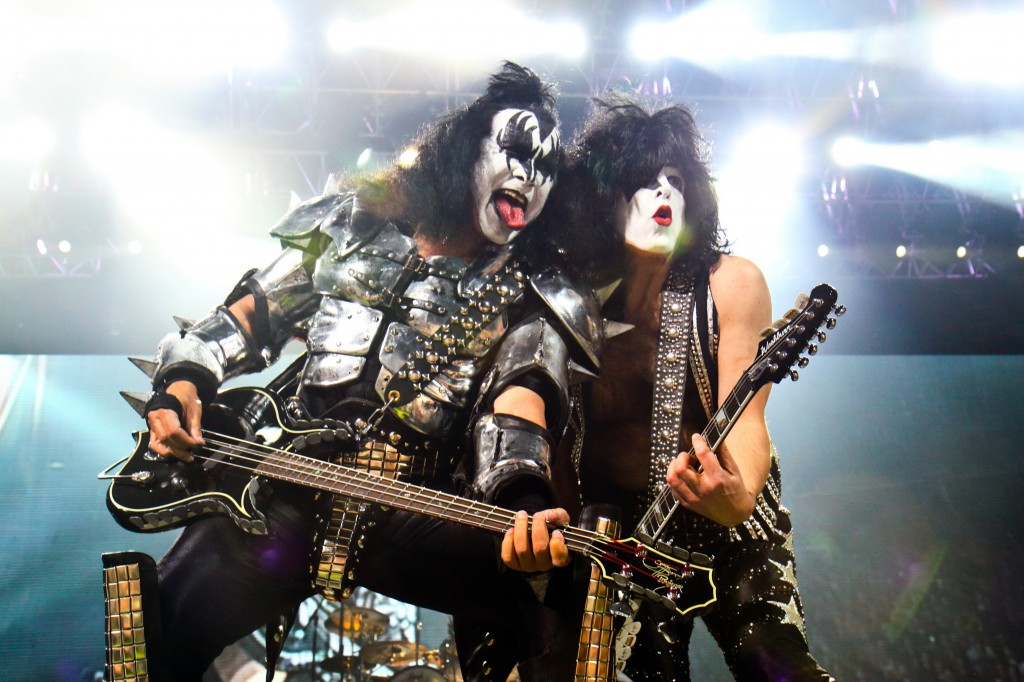 Kiss-Monster-CMS-Source6_credit_Wizard_Promotions